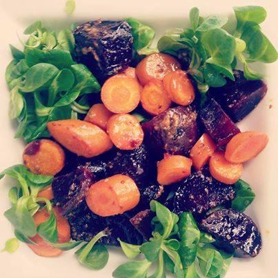 easy peasy paleo lunch: Salade met geroosterde biet en wortel
